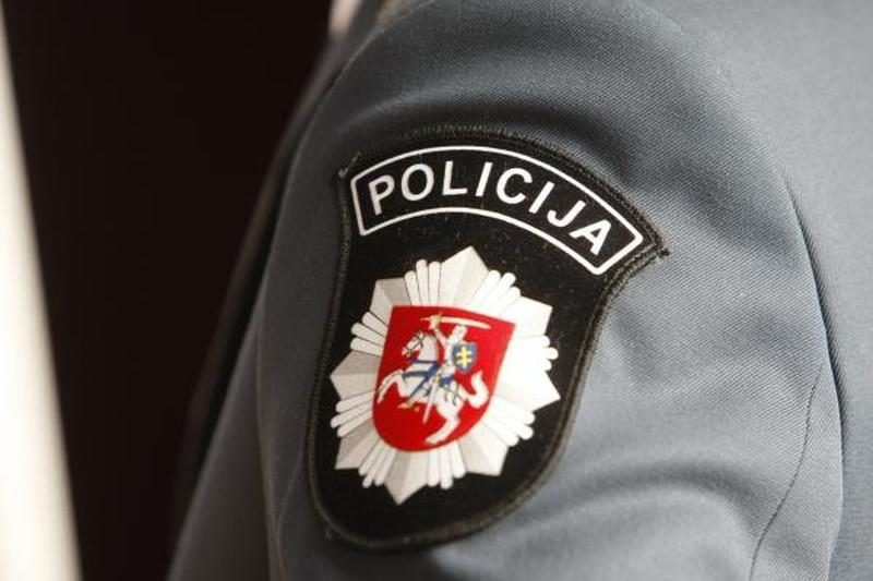 Policininkai sugavo išgėrusį muitinės pareigūną