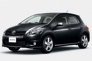 """""""Toyota"""" atnaujino """"Auris"""" markės automobilį"""