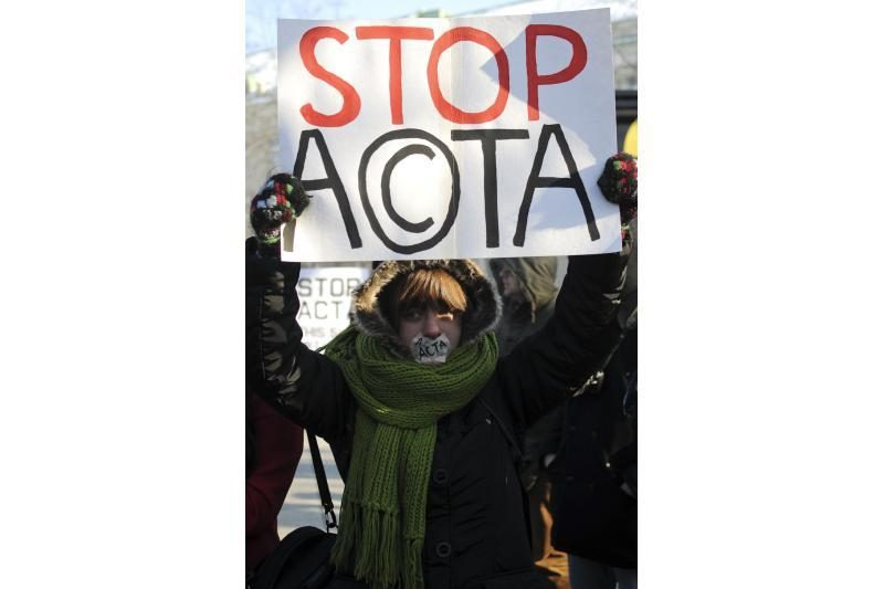 Vilniuje ir Kaune - protesto akcijos prieš ACTA susitarimą