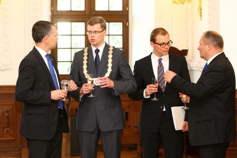 Pirmininkavimo ES pradžia Kauno rotušėje aplaistyta vynu
