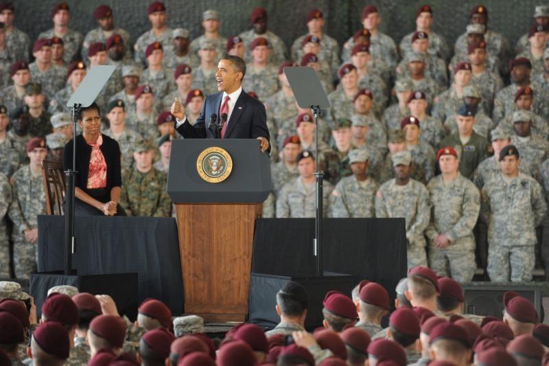 JAV išvedant savo karius iš Irako Obama pagerbė žuvusiųjų atminimą