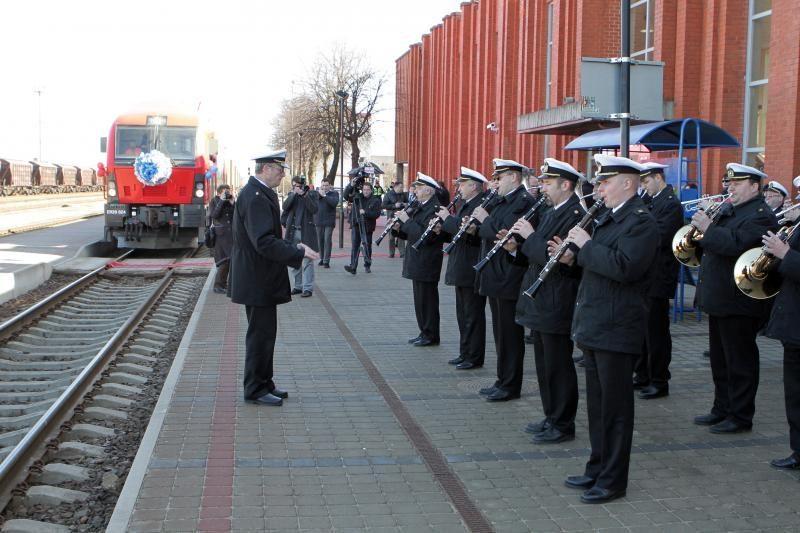 """Iš Klaipėdos išlydėtas traukinys """"Merkurijus"""""""