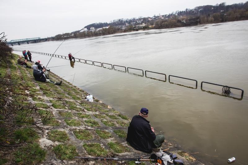 Patvinęs Nemunas  – masalas žvejams: vanduo pakilo beveik 3 metrus