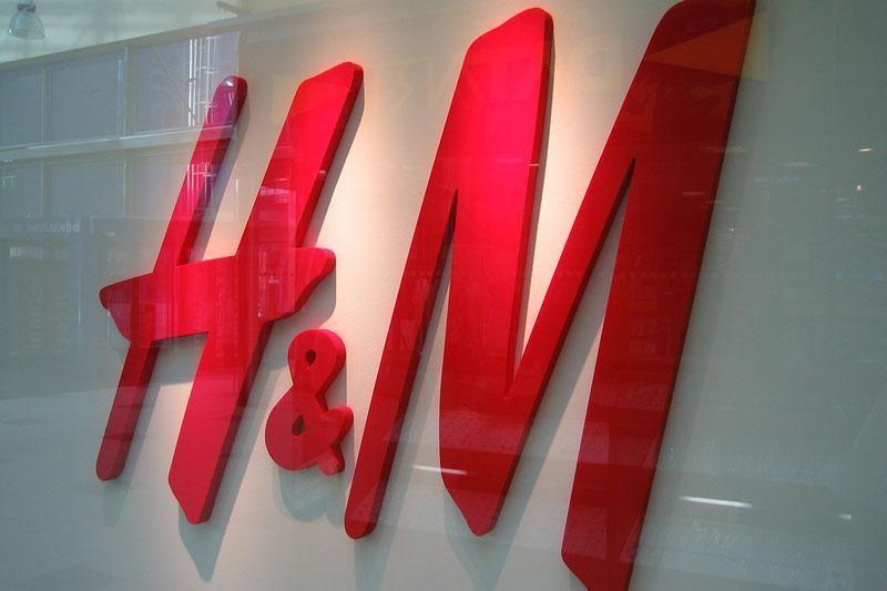 Pasaulinis mados tinklas H&M kuriasi ten, kur randa gerą vietą