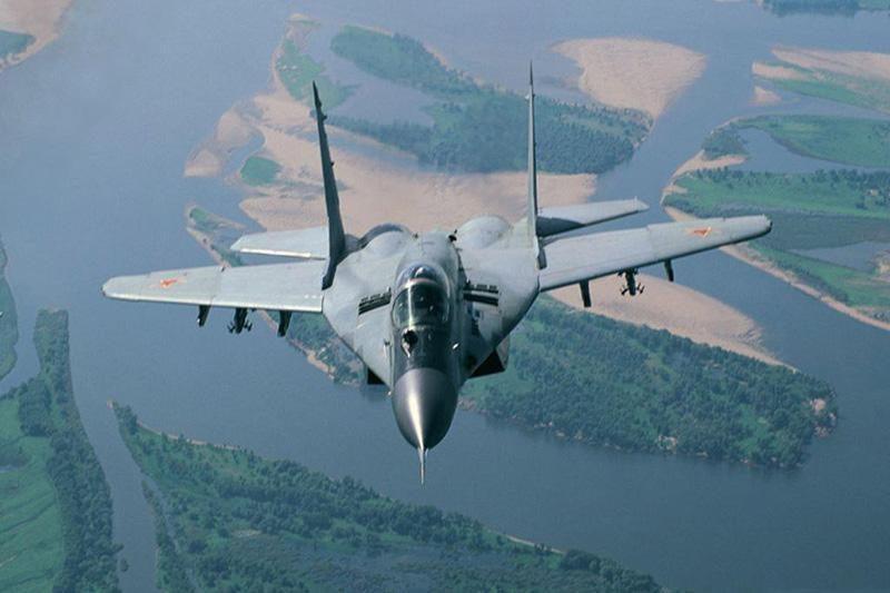 Kovo 11-ąją NATO naikintuvai gąsdins Vilniaus paukščius?