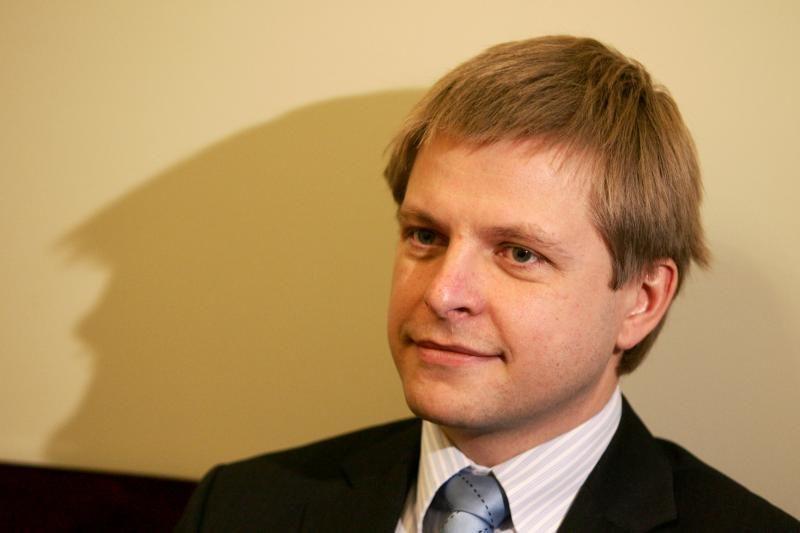 Seimo pirmininkei įteikta interpeliacija R.Šimašiui
