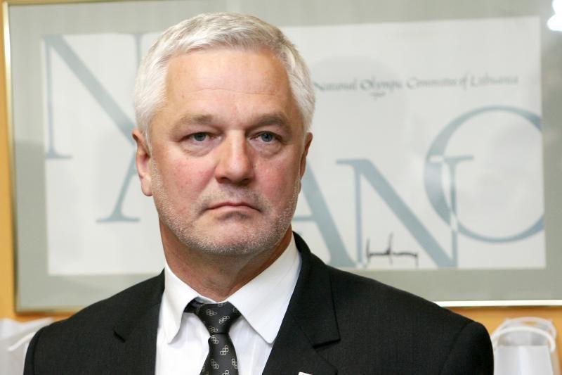 V.Matuzas teigia nematantis, dėl ko reikėtų stabdyti narystę partijoje