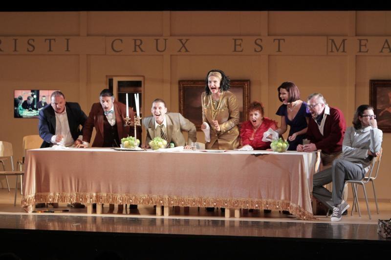Teatro jubiliejinis sezonas – su kiekybės ir kokybės ženklais