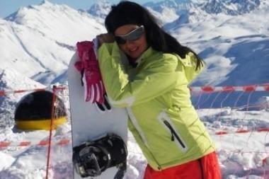 Dainininkė Solveiga Italijoje išbandė snieglenčių sportą