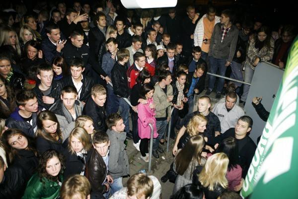 Miestą užplūdo tūkstančiai klubinėtojų