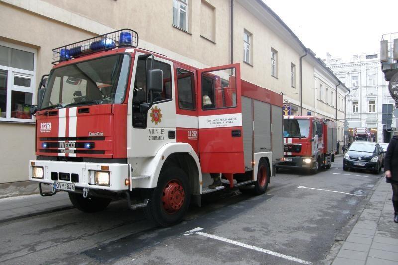 Bare Labdarių gatvėje - nedidelis gaisras