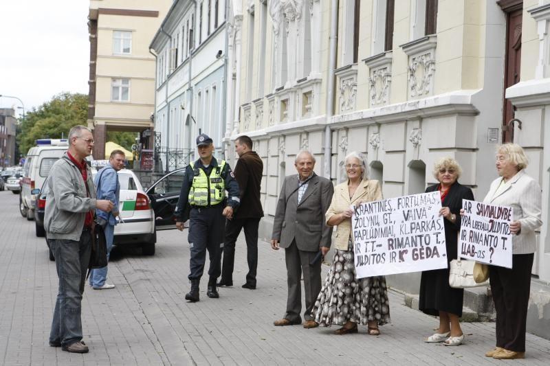 Klaipėdiečių pikete – ginčai su policininkais