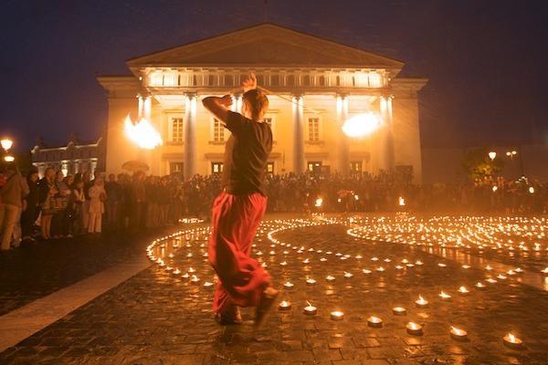 Vilniuje liepsnojo mandalos