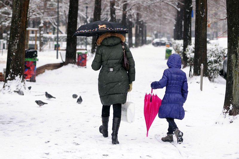 Italiją užklojo sniegas, prognozuojama šalčiausia per 27 metus savaitė