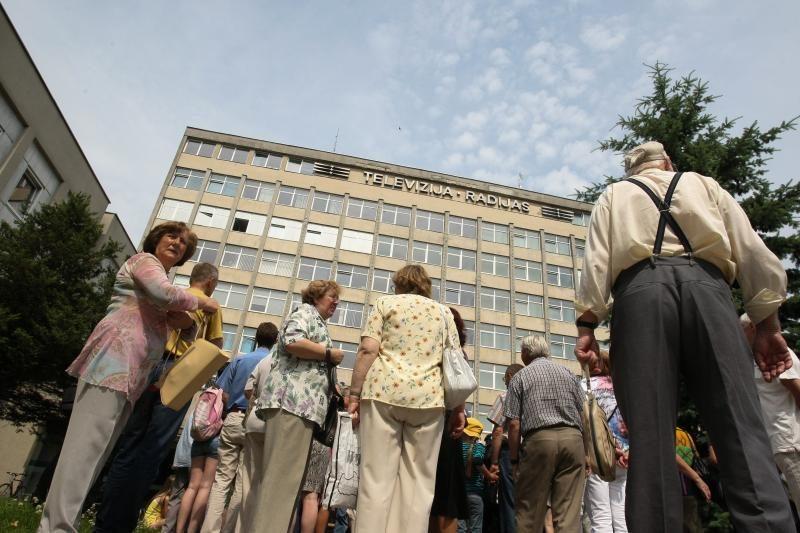 Protestuotojai reikalavo, kad LRT vadovai pasitrauktų iš postų