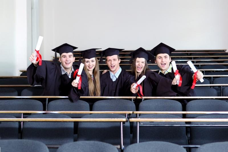 Diplominį darbą už pinigus galima įsigyti ir išsimokėtinai?