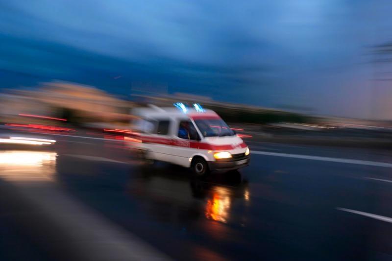 Per automobilio ir autobuso avariją žuvo pasienietis, 3 sužaloti