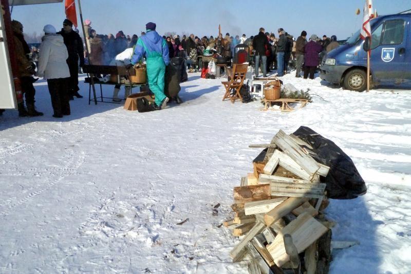 Rusnėje Vasario 16-oji paminėta ant ledo