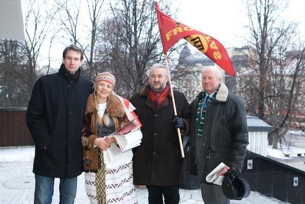 A. Paleckis vasario 16-ąją naudoja reklamai (atnaujinta)