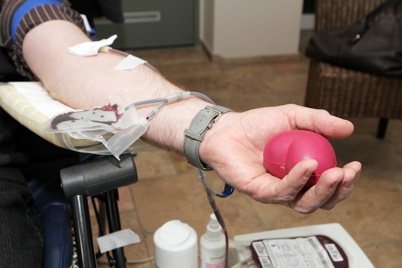 Pavasaris praretino kraujo donorų gretas