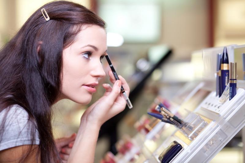 Specialistai įspėja: kosmetikos priemonės sukelia egzemą