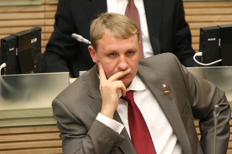 Į Seimo etikos komisiją vėl siūlomas A.Šedžius
