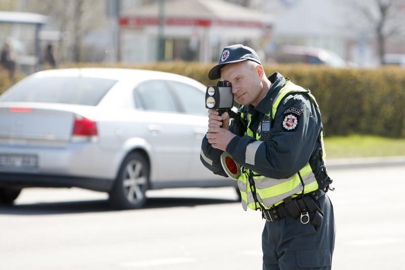 Policija norėtų atsisakyti dalies funkcijų
