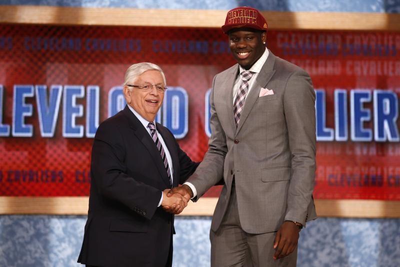 NBA naujokų birža: netikėtas pirmasis šaukimas ir N. Nedovičiaus sėkmė