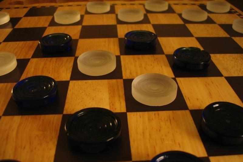 3 lietuviai - jaunimo šimtalangių šaškių čempionato lyderių gretose