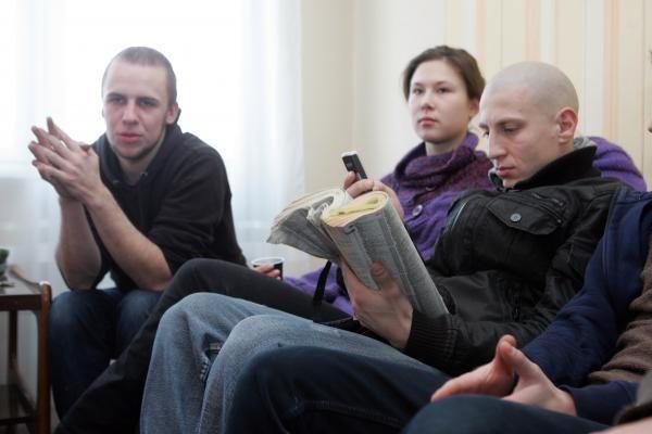 Spektaklis pagal telefonų knygą: aktoriai skambins į namus