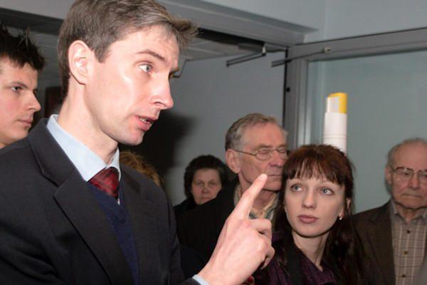 A.Paleckiui neatvykus, teismas atidėjo jo bylos nagrinėjimą