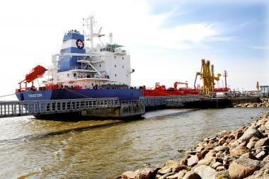 Klaipėdos uoste išsiliejo mazutas