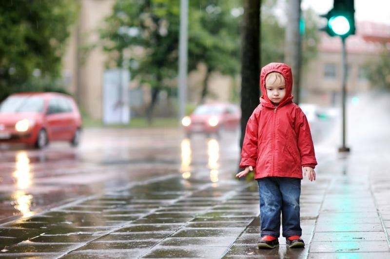 Eismo sąlygas keliuose gali apsunkinti lietus