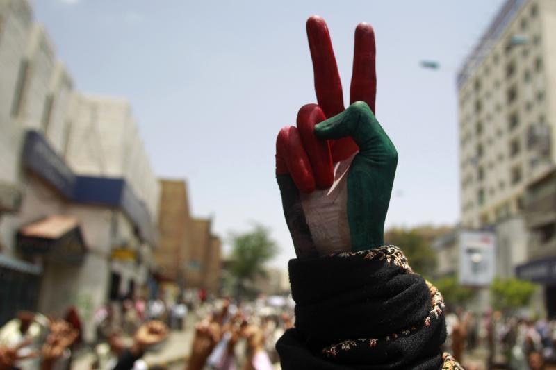 Jemeno opozicionieriai sutarė su prezidentu dėl valdžios perdavimo