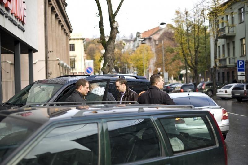 Dingęs Lietuvos krepšinio federacijos džipas surastas per valandą