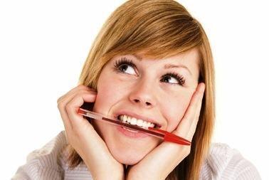 Kaip grauždami rašiklį galite apkrėsti savo kolegą?
