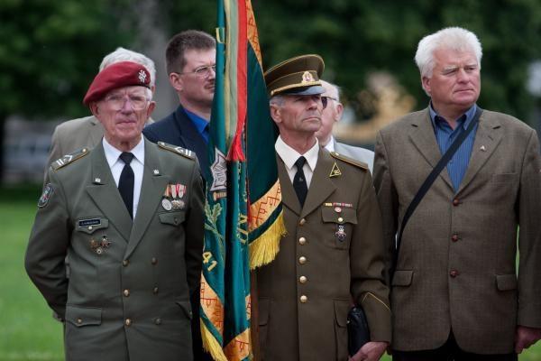 Lietuvos okupacijos 70-metis pažymėtas eitynėmis ir mitingu