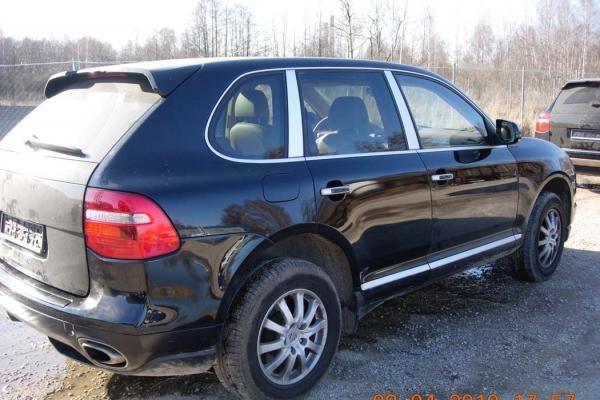 Per tarptautinę operaciją Lietuvoje sulaikyti 26 vogti automobiliai