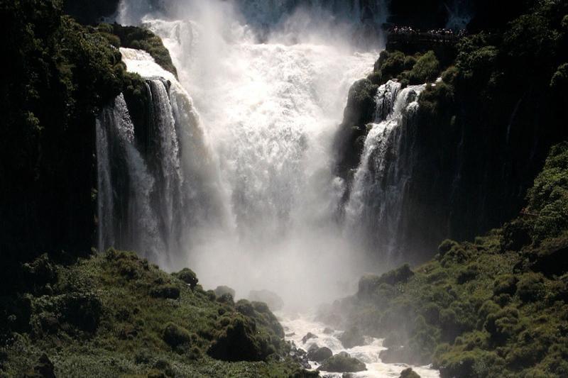 Amazonė, Halongo įlanka, Igvasu krioklys – naujieji gamtos stebuklai