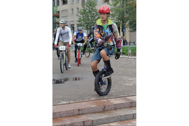 Sekmadienį Vilnius atiduotas dviratininkams