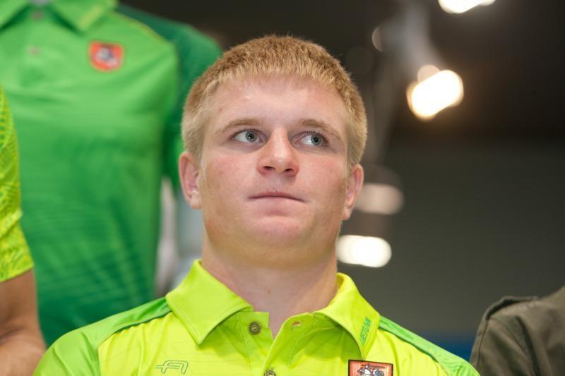 I. Degutienė pasveikino bronzą laimėjusį boksininką E. Petrauską