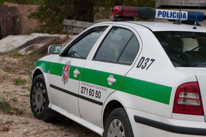 Baisių avarijų priežastys: alkoholis ir vairavimo kultūros stoka