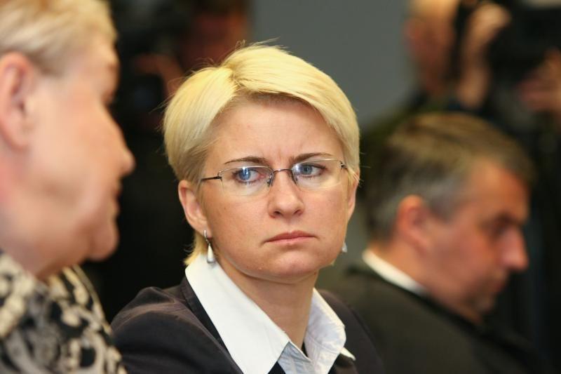 Šalies vadovė apie N.Venckienę: už žodžius aš nieko neatleidinėju