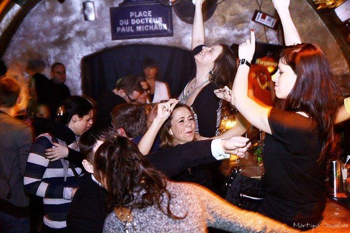 """Po vakarėlių klubuose """"Facebook"""" nuotraukomis patenkinti ne visi"""