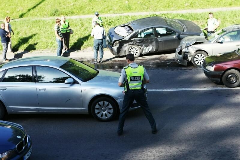Kraupi statistika: per pusmetį Kauno gatvėse žuvo 4, sužeista 171