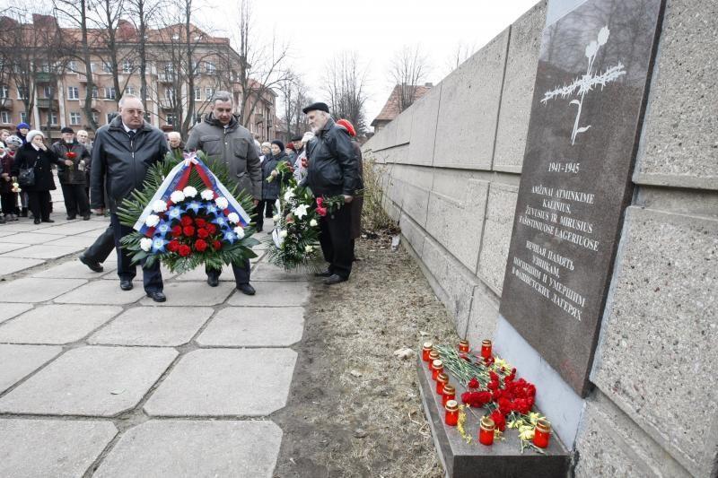 Paminėta koncentracijos stovyklų kalinių išlaisvinimo diena