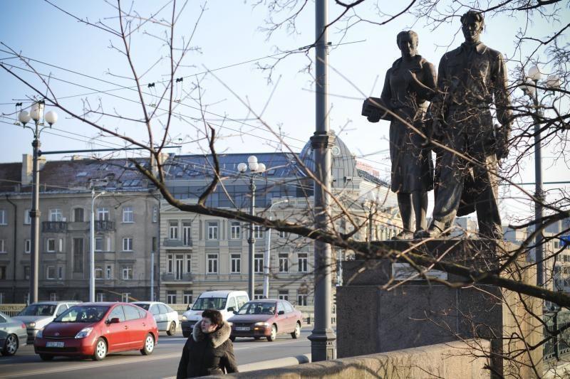 Žaliojo tilto skulptūrų dilema: būti ar nebūti?