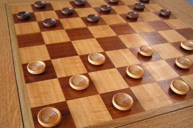 Edgaras Petrauskas - Europos jaunių paprastųjų šaškių čempionas
