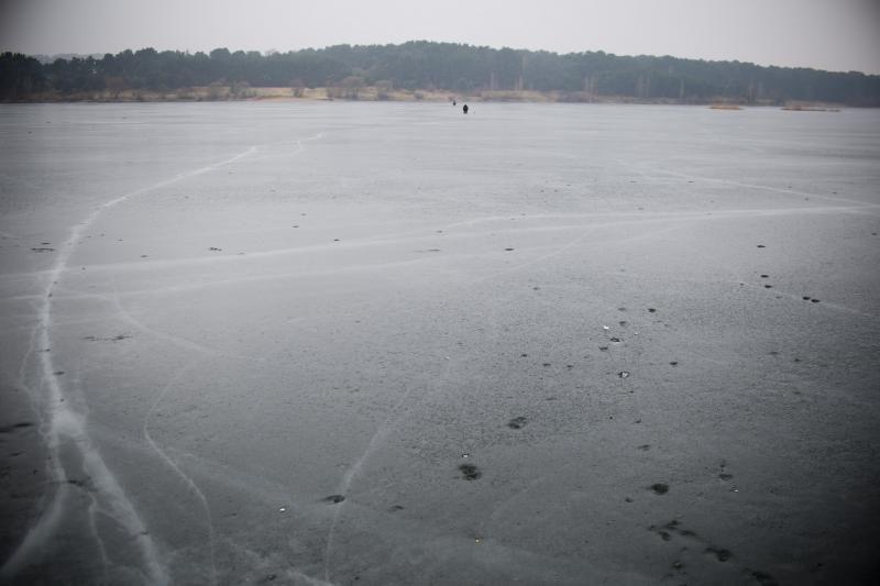 Plonas ledas užkietėjusių žvejų negąsdina