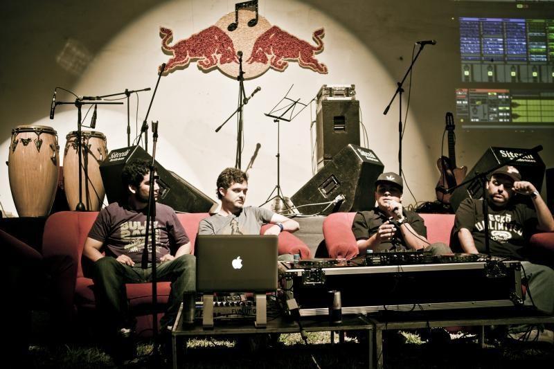 """""""Red Bull Music Academy"""" talentų kalvė atvyksta į Lietuvą"""